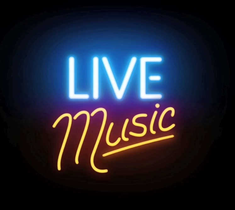 Join us for live music every weekend at The Laurels